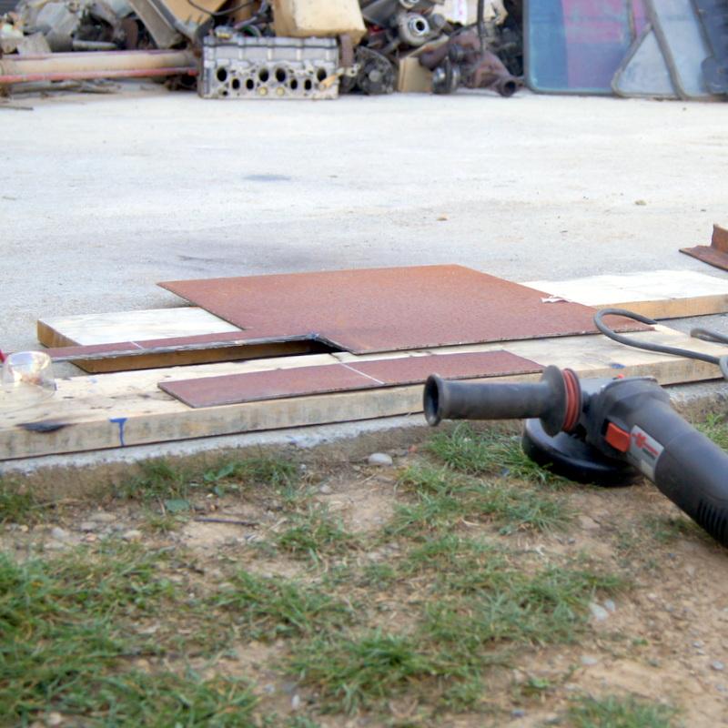 Fabrication du support et du caisson pour le groupe électrogène